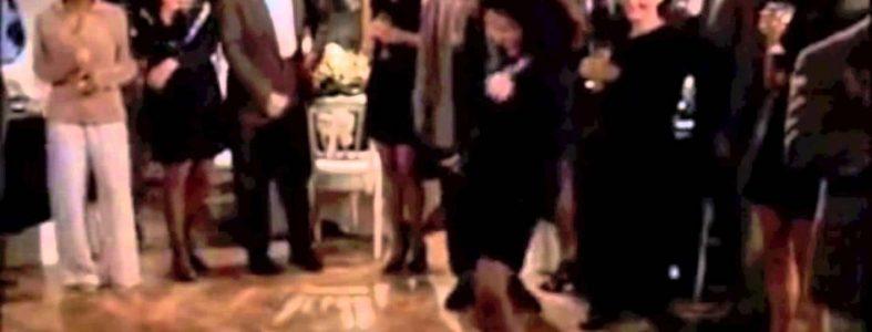 Elaine x Pharrell's 'Happy'